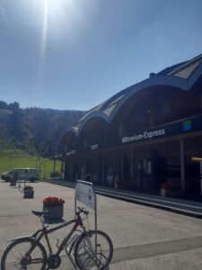"MEX- Line 1 Flow Trail – uphill, Nassfelder MTB Abfahrt ""auffi"""